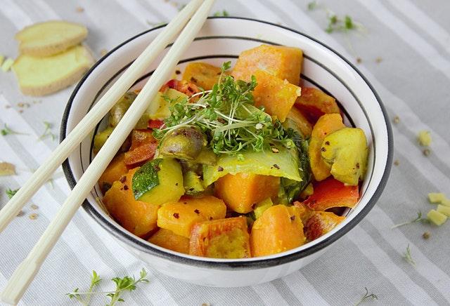 zeleninové jídlo, výhonky